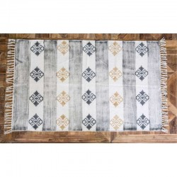 Rug with brown printing  - 120 x 180 cm