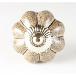 knob flower, brown
