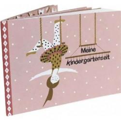 Taufbuch girl